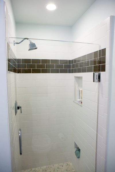 shower with the glass door